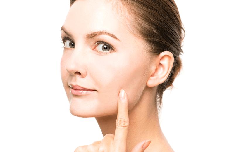 肌全体の再生を促進させ、あらゆる肌の悩みを解消